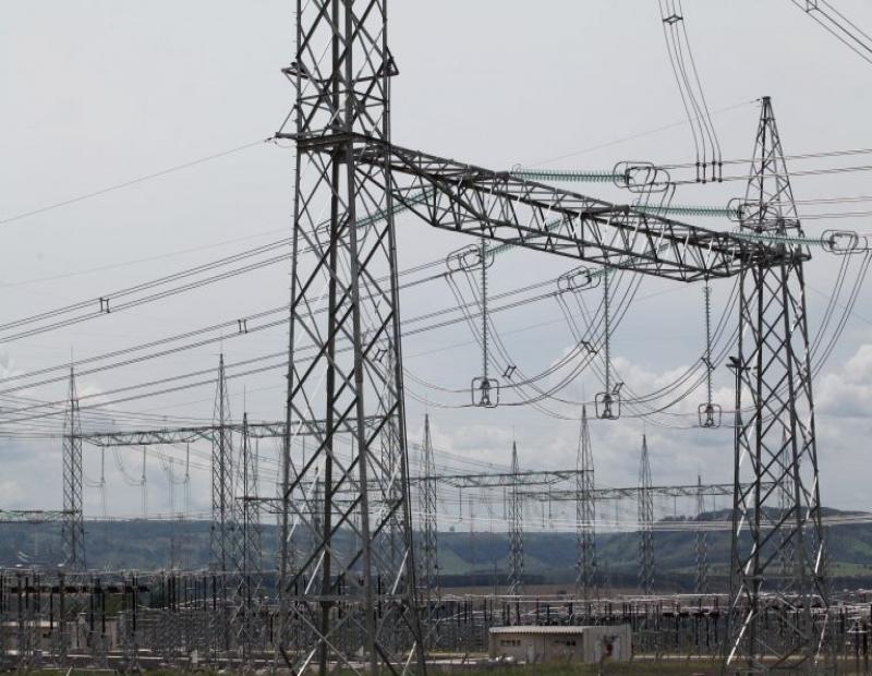 pressao-de-ministerios-faz-eletrobras-preparar-venda-de-distribuidoras