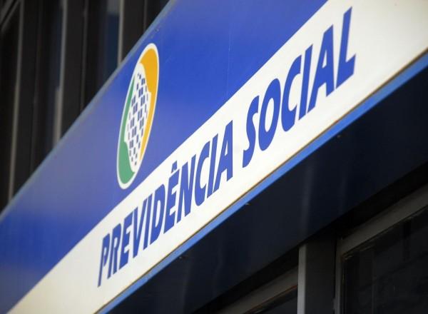 INSS leva mais de três meses para liberar pensões no Rio