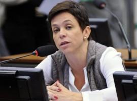 Em troca de mensagens, Cristiane Brasil chama Fachin de vagabundo