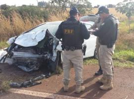 Criança de 5 anos sobrevive a acidente que matou os pais e feriu médica na BR-060